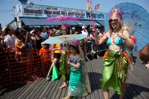 mermaid-parade-2014-coney-island-brooklyn-nyc