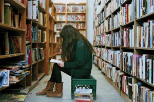 people-in-bookstores-05